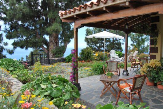De veranda van villa Era
