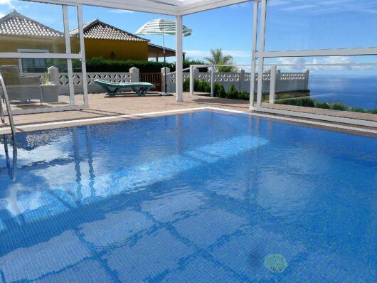 Overdekt privé zwembad